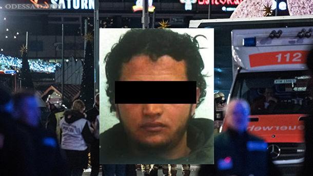 Немецкие СМИ опубликовали фото подозреваемого в теракте на ярмарке в Берлине