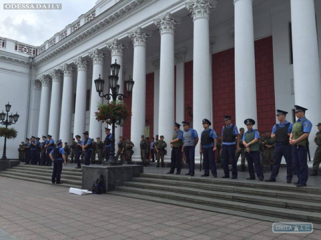 Внеочередная сессия горсовета закрылась: депутаты без пререканий приняли всего один вопрос