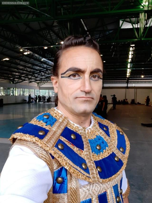 В международном фестивале культуры в Мехико принял участие одесский артист