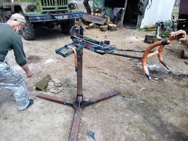 Это маразм: Минобороны отправило на фронт 150 нерабочих пулеметов, - Бочкала. ФОТО