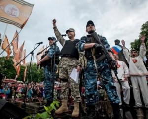 Боевики завезли танки в Донецк и вывезли оттуда родственников