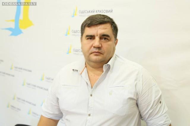 Путин против Саакашвили. Одесситы постебались над постановочными палатками коррупционеров.