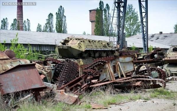 Кто и как разворовывает армию Украины
