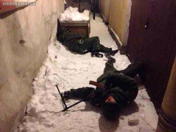 Бунт в ДНР: кадыровцы расстреляли российского офицера и требуют забрать пленных у киборгов