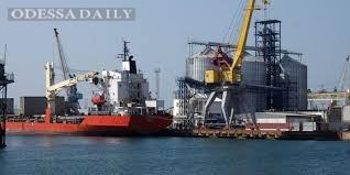 Портовые сборы будут снижены минимум вдвое - Омелян