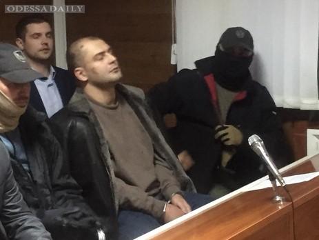 Суд в Одессе арестовал на два месяца троих подозреваемых в организации взрыва у здания СБУ