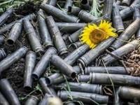 В Минске договорились установить перемирие в трех поселках Донбасса