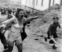 О дивизии СС «Галичина» и о еврейских погромах.
