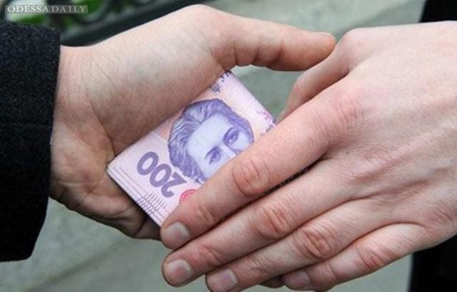 Украинцы не будут платить налогов: открытое письмо Яценюку и Яресько