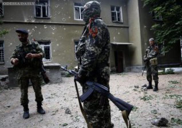 Сводки «ИС»: минувшей ночью террористы четырежды обстреляли позиции сил АТО