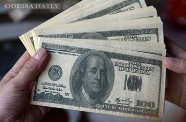 На межбанке резко оживилась торговля долларами