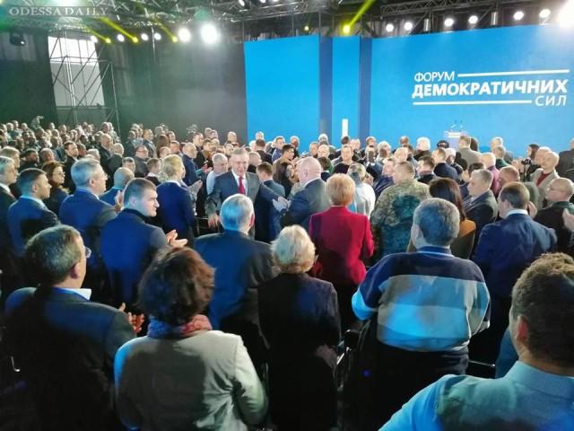 «Громадянська позиція» долає прохідний бар'єр на виборах до Верховної Ради - соцопитування
