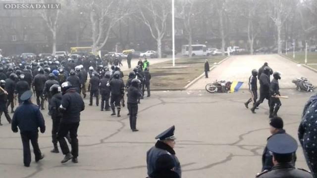Второй ответ Николаю Скорику в связи с массовым избиением журналистов: люди верят не словам, а делам