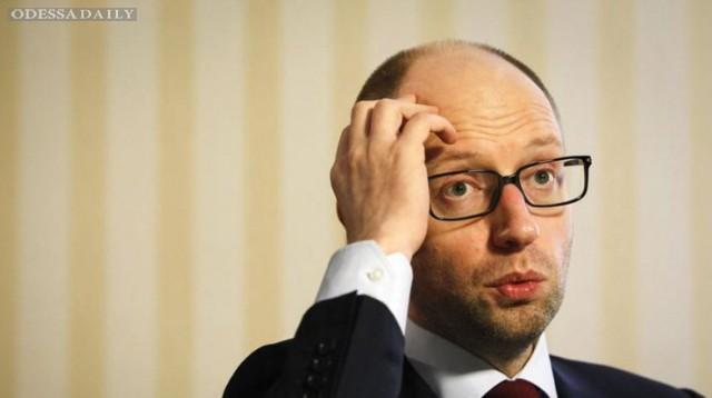У Порошенко признались, грозит ли Яценюку отставка