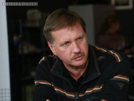 Чорновил: Тягнибок в силу семейных связей и кагэбистского прошлого своего отца висит на крючке у ФСБ