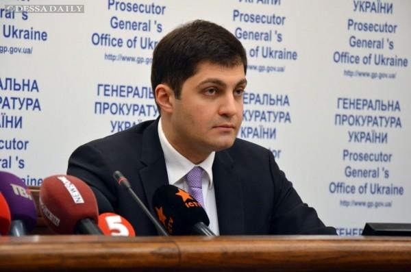 Сакварелидзе подтвердил выдавливание из ГПУ сотрудников, которые занимались бриллиантовыми прокурорами