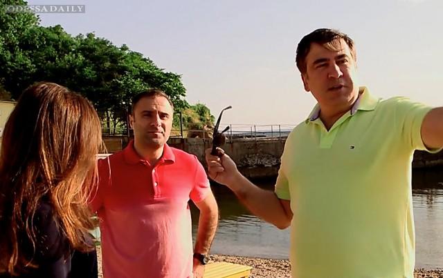 Саакашвили распорядился убрать заборы вокруг закрытых пляжей Одессы
