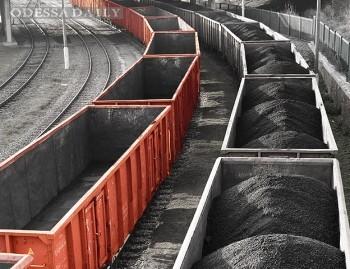 Железнодорожные перевозки грузов в Украине подорожали на 15%