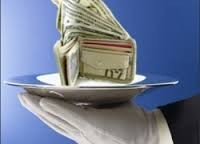 Бюджет при Януковиче ежегодно терял 100 миллиардов от налоговых площадок