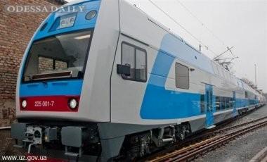 Укрзализныця снова запустит двухэтажные поезда Skoda