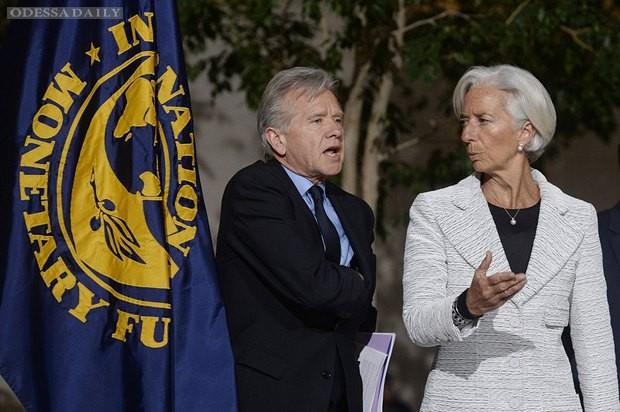 МВФ выделит Украине второй транш, если чиновники перестанут воровать