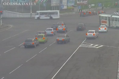 Дорожная контрреволюция в Одессе: Проезд по Пересыпи свободен