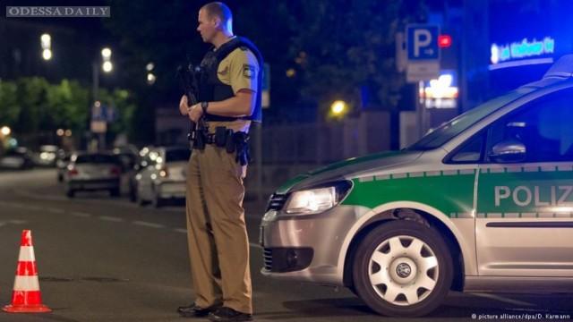 В баварском кафе сработало взрывное устройство: ранено 12 человек