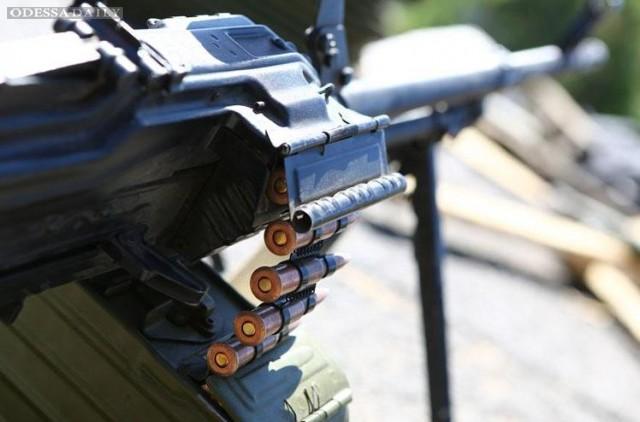 Боевики в Донбассе прекратили огонь с полуночи 1 сентября - штаб АТО
