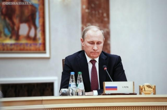 Путину наплевать на Россию и он думает только о своих доходах - экс-инвестор
