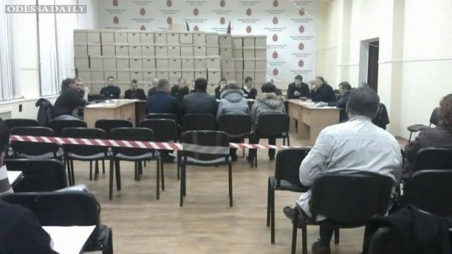 Комиссия «Киваловского» округа поместила журналистов и наблюдателей в «резервацию» (ФОТО)