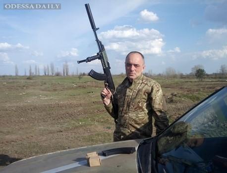 Волонтер Касьянов: 92-я бригада под Луганском никого не пускает в серую зону за 10 км от линии фронта. Там что, тайная ракетная ядерная база?