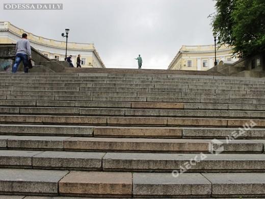В Одессе ремонтируют Потемкинскую лестницу