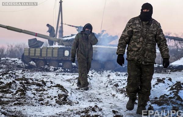 За сутки бандформирования 129 раз обстреляли позиции сил АТО, - штаб