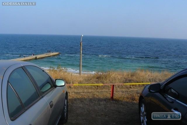 Мэр частично запретил въезд автомобилей в прибрежную зону Одессы