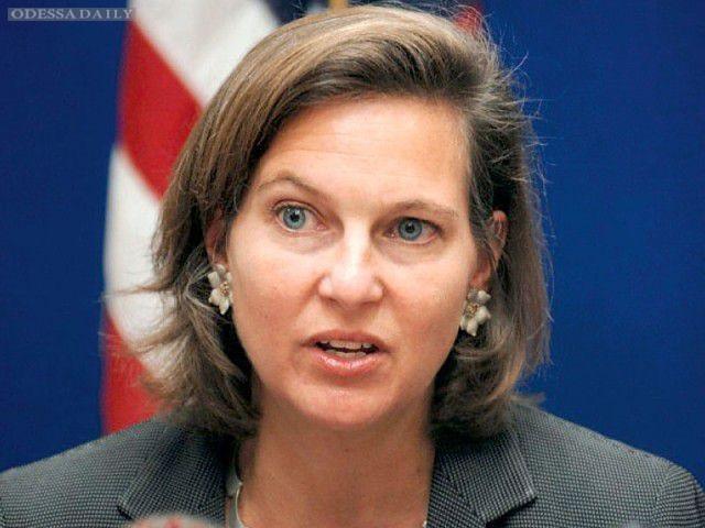 Санкции против РФ уже начинают кусаться - Нуланд