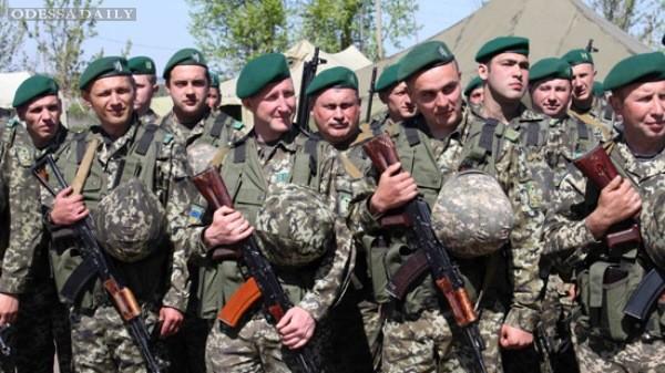 ФСБ: более 430 украинских военных попросили убежища в России