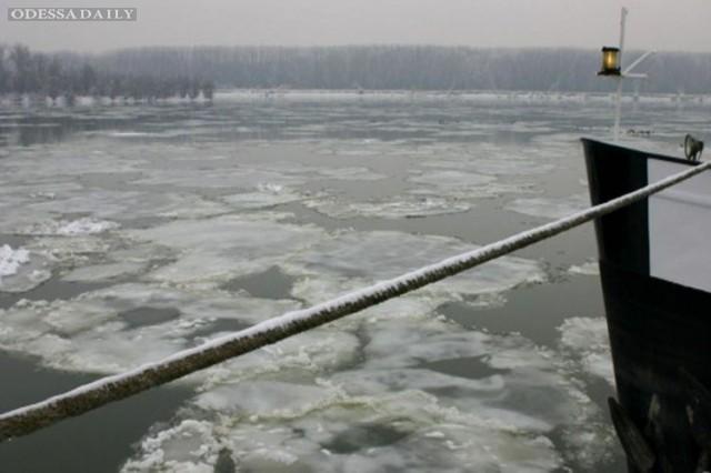 Почти на всем Дунае парализовано движение судов