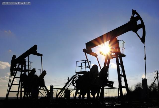 Цены на нефть снижаются на новостях из Саудовской Аравии