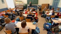 Школьное образование в мире: французских детей учат искусству, а в Японии за отличниками следят будущие боссы