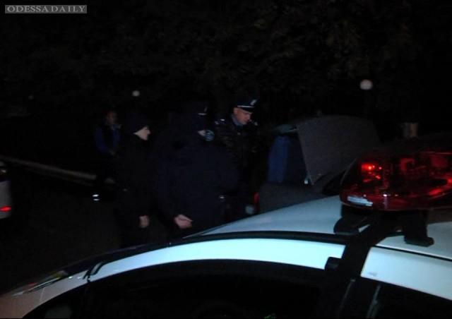 В Одессе полиция оцепила здание областного ГАИ - журналист