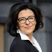 Оксана Сыроед: Про справжні причини введення воєнного стану