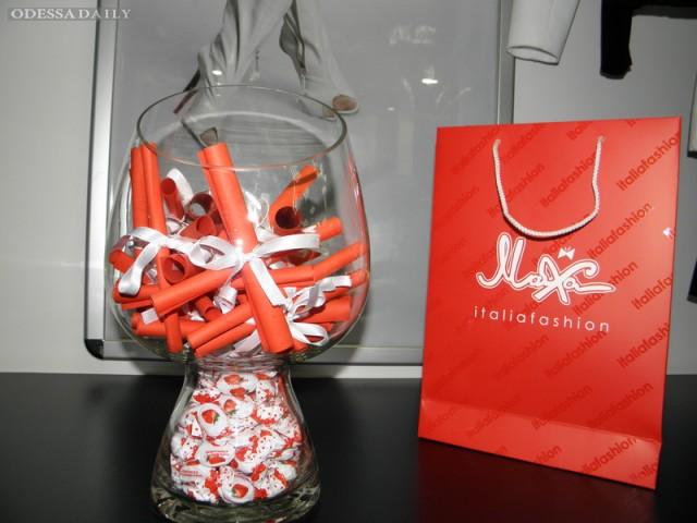 День рождения бренда «Маха» в торговом центре «Среднефонтанский»!!! Фото