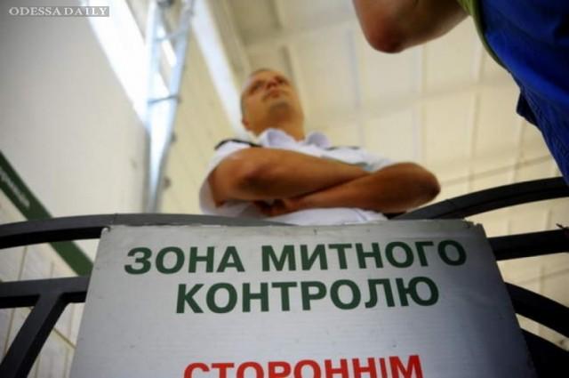 Незаконные площадки обеспечивали до 15% платежей на Одесской таможне