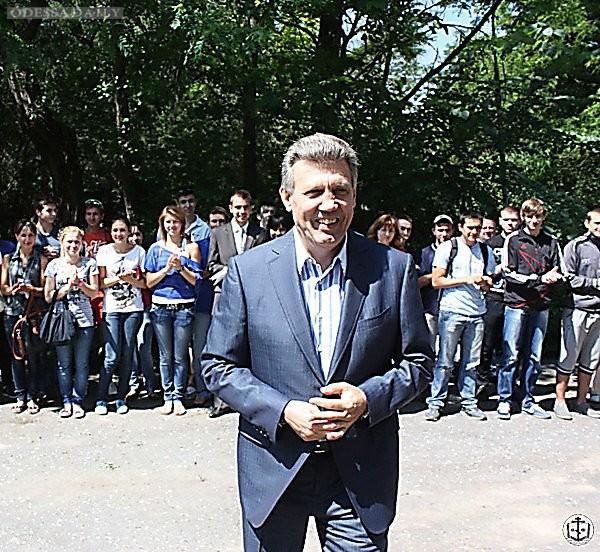 Прогнозы Саакашвили сбывются - перед выборами в Затоке массово прописывают граждан: ЦИК обратилась в милицию