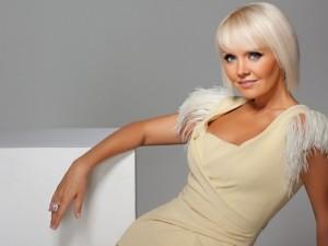 В жуткой автокатастрофе погибла известная певица Валерия