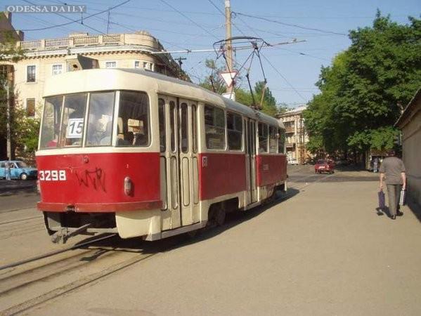 Проезд в Одесских трамваях и троллейбусах завтра подорожает на треть