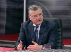 Анатолий Гриценко: Падение отечественной экономики является одной из важнейших проблем