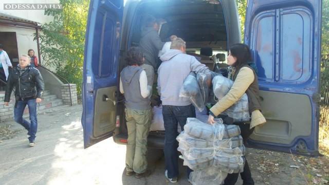 Наиболее украинцы доверяют волонтерам и добровольцам, наименее – судам и ГПУ