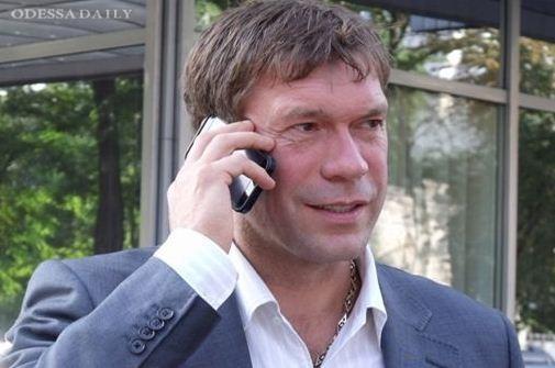 Царев внес в свой список невъездных топ-менеджера Ахметова