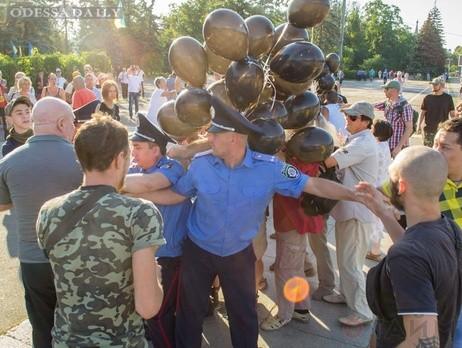 В Одессе евромайдановцы напали на активистов Куликова поля. Видео